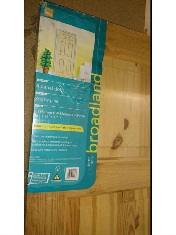 2 X Brand New Bq Broadland 6 Panel Interior Doors Knotty Pine In