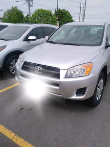 2010 Toyota Rav4 - MINT CONDITION - Only 99k on it