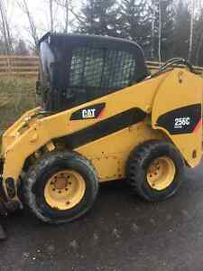 CAT 256C Skid Steer
