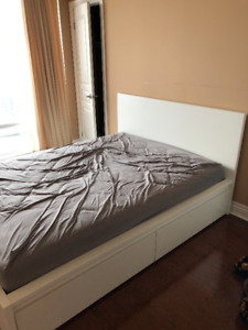 MALM BED FOR SALE!