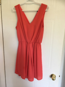 Dresses! All Size Small