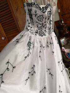 Wedding / Ball Gown / Prom dress
