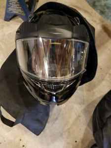 Zox atv/motorcycle/snowmobile mod helmet size large