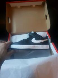 Nike court borough size uk1 (new)