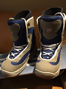 Limited snowboard boots womens' size 9