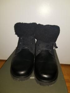 Timberland- Jayne Winter Boot Size 8