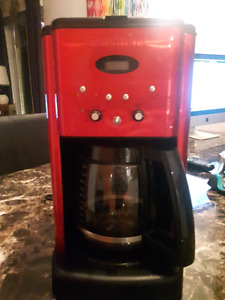 Cafetiere cuisinart rouge