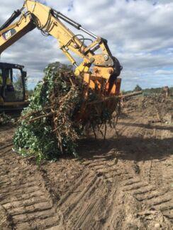 Blue gum stump clearing , land clearing , Padock prep
