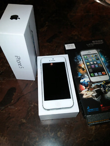16gb Iphone 5 bell