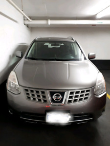 Nissan Rouge AWD