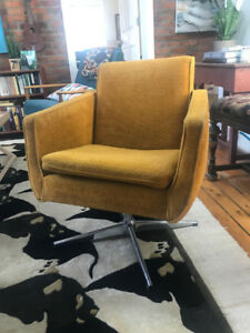 Mid century modern swivel chair