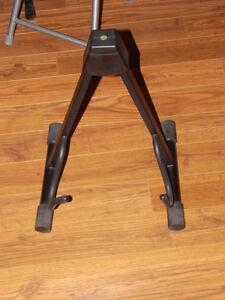 good quality guitar stand
