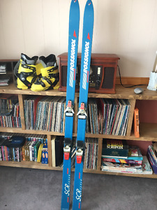 Rossignol skis and boots package.