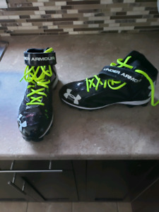 3/4 cut under armour football cleat