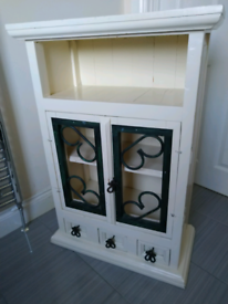 Cabinet. Perfect for upcycling