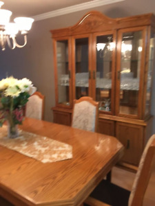 Oak dining set (table with leaf, two piece hutch, 6 chairs)