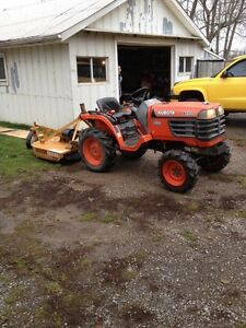 1999 Kubota B1700DT with available attachments