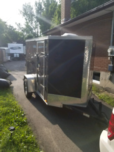 5x8 Enclosed Trailer with Electric Brakes
