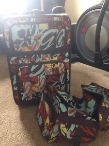 Suitcase and duffel bag  London Ontario image 1