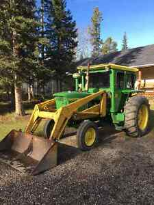 JD 4020 Tractor With Loader