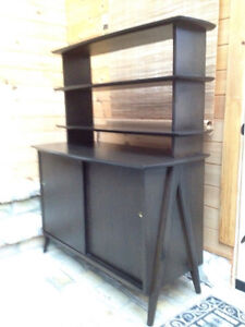 Russell Spanner Console and Hutch