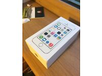iPhone 5s 16GB White & Silver O2 Great Condition