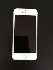 iPhone 5 -16gb White- Unlocked -mint condition