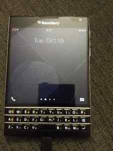 used unblocked Blackberry Passport -English-Arabic keyboard