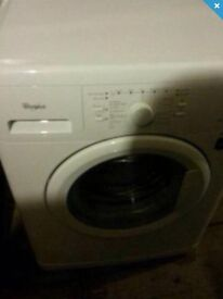 WHIRLPOOL WASHING MACHINE EXCELLENT CONDITION DELIVERY AVAILABLE