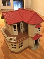 Doll/horse house for sale!!!