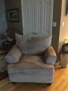 Furniture Kawartha Lakes Peterborough Area image 2