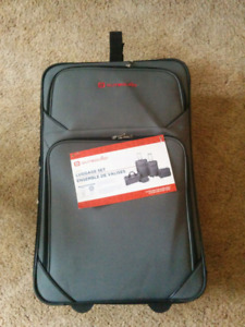 5 pce Outbound Luggage Set - New!