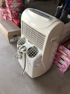 Stand up Air Conditioner unit for sale, $50.00 OBO