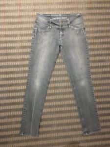 4 jeans + Vega