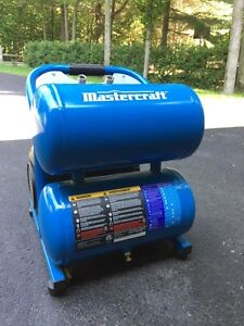 MASTERCRAFT AIR COMPRESSOR IN MINT CONDITION FOR SALE!