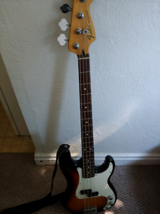 Fender Mexican Precision Bass with Hardcase