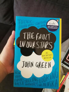 BOOK: THR FAULT IN OUR STARS BY JOHN GREEN, USED/GREAT QUALITY