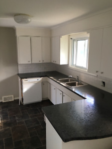 Brock Student Home- 3x Available