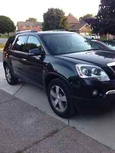 2011 GMC Acadia SLT Fully Loaded *Factory Remote Start & Nav/DVD Cambridge Kitchener Area image 2