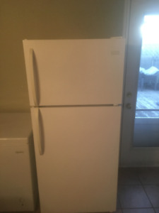 2 Year Old Fridgidaire Refrigerator For Sale