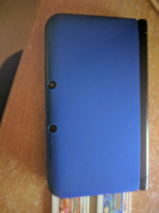 Great Condition 3ds XL with 4 games!