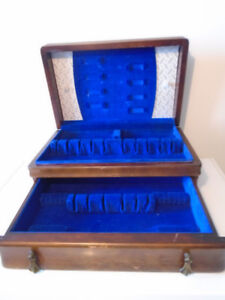 1847 ROGER BROTHERS ANTIQUE WOOD FLAT SILVERWARE CHEST