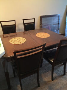 Sears Dining Table with 4 chairs