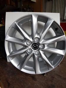 """2018 Mazda brand new OEM 18"""" silver alloy rims"""