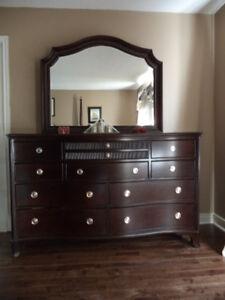 Bedroom set/ King size