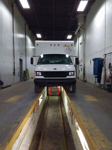 1999 Ford E450 7.3 diesel 16 pied
