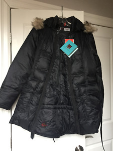 The M Coat - Down Filled Maternity Winter Jacket (Medium)