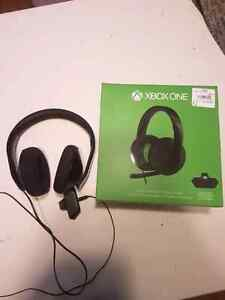 Xbox one over ear headset with box