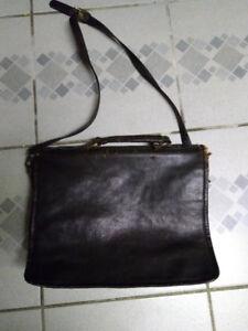 Bosboom Genuine Leather Messenger Bag