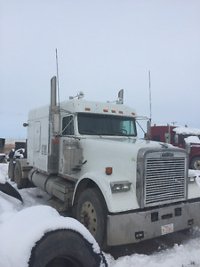 2009 Flat top Freightliner Classic